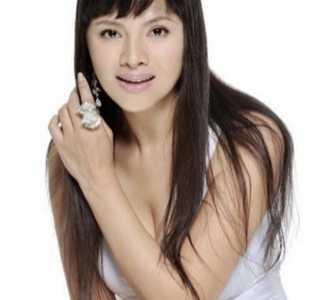 她是少男的性感女神 演员石兰