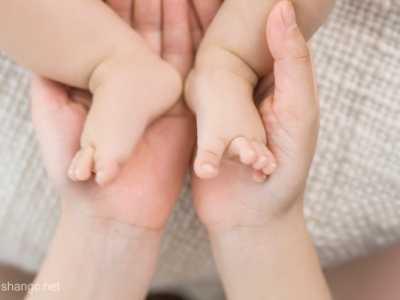 胎儿这五种动是正常现象 胎动频繁是女孩吗