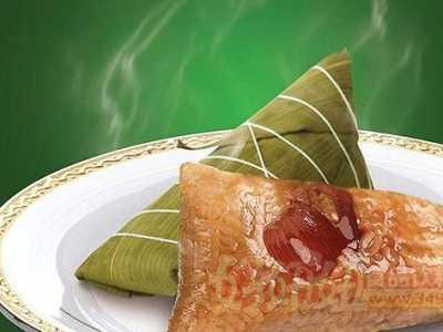 煮粽子时加什么东西可以使粽子煮的又快又好吃 粽子的制作方法