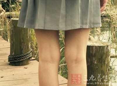 女人两腿并拢缝隙大说明什么 为什么女性的腿缝越来越大